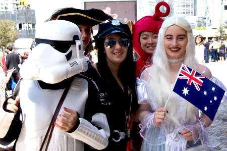 Figure 3. Queen Elizabeth II State Visit to Melbourne, Australia, Royal fans wait in Federation Square Source: Durante/The Visual Archive Project of the Global Imaginary, 2011